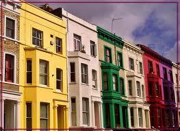 Típicas casas de colores en Notting Hill
