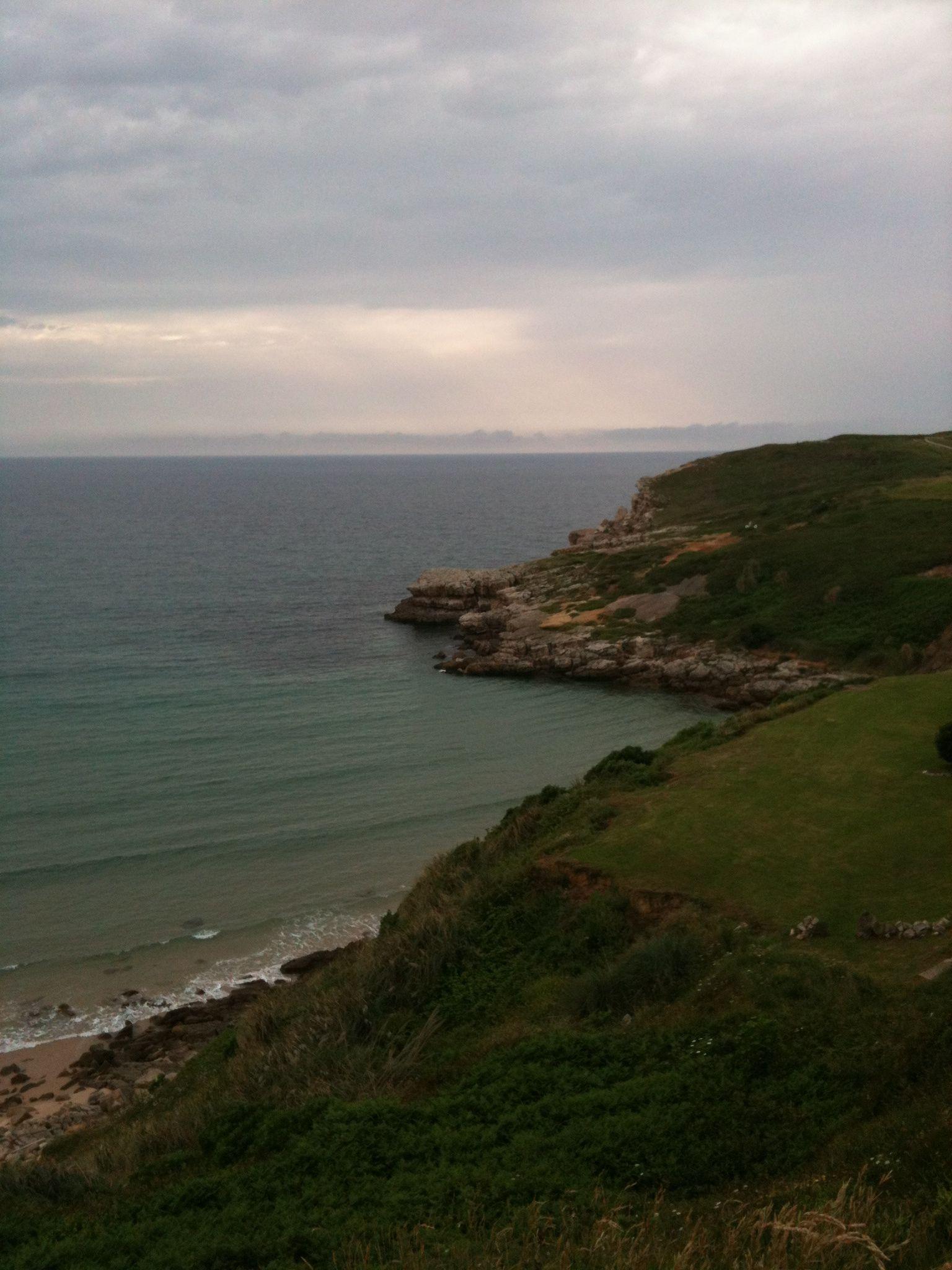 Cantabria, un día de playa y montaña