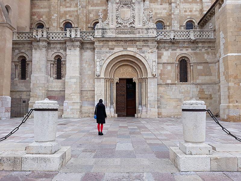 Entrada de la Colegiata de San Isidoro de León