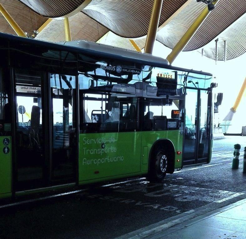Bus 200 avenida de america aeropuerto Madrid