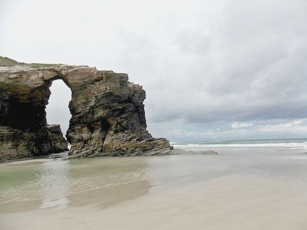 La Playa de las Catedrales en una ruta por Mondoñedo