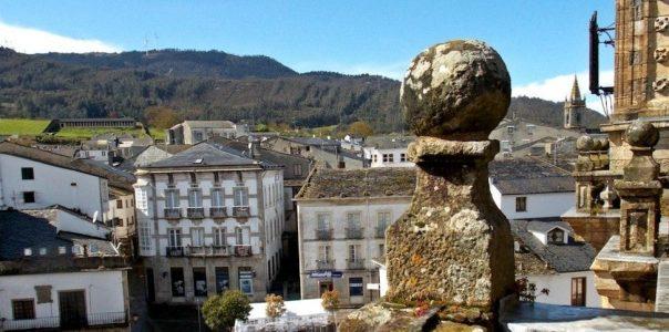 ruta por Mondoñedo con vistas desde campanario de la catedral