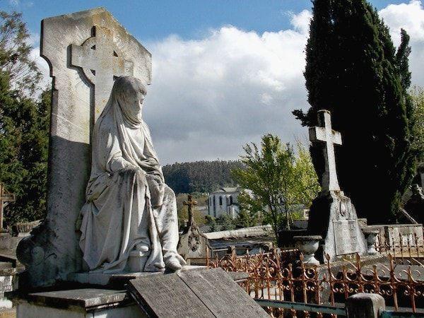 ruta por el cementerio de Mondoñedo