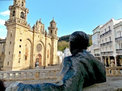 que ver en Mondoñedo exterior de la catedral