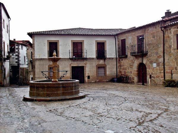 San Martín de Trevejo en una ruta de 2 días en Sierra de Gata