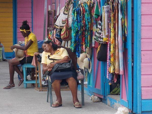 Mercado de artesanía Montego bay Jamaica