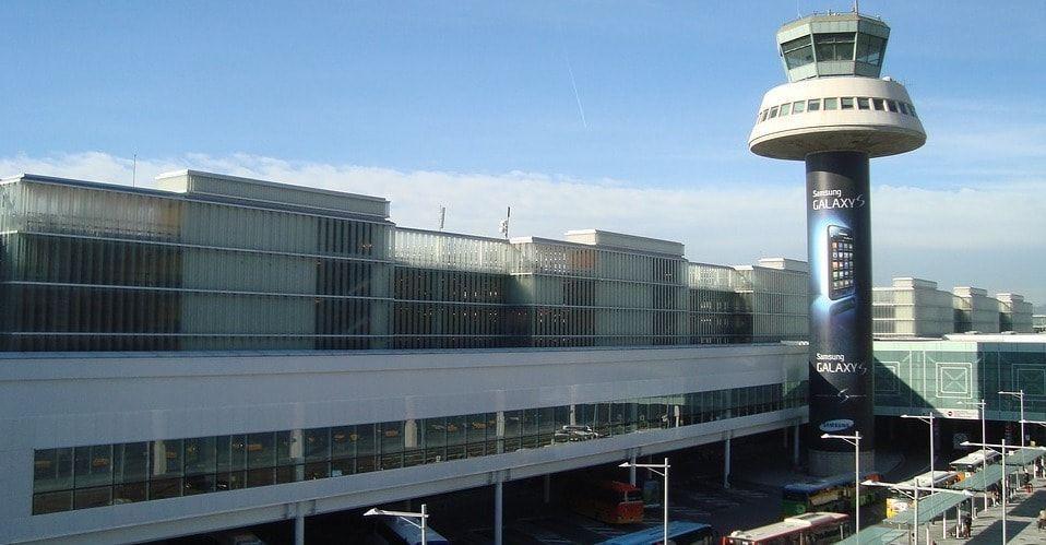Exterior del Aeropuerto de barcelona