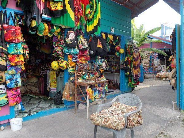 Excursión para comprar artesanía en Jamaica