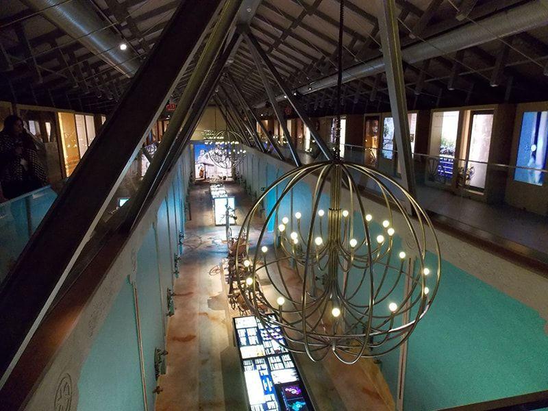 Lámparas del interior de Pagos del REy