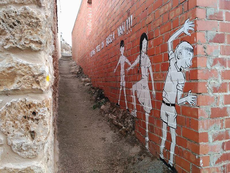 mural niños jugando tubilla del lago