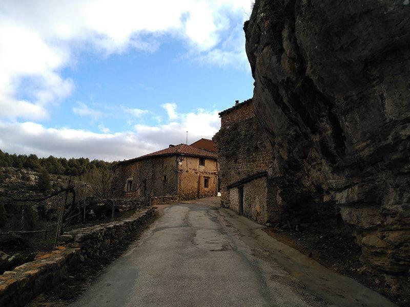 Entrada al pueblo de Calatañazor