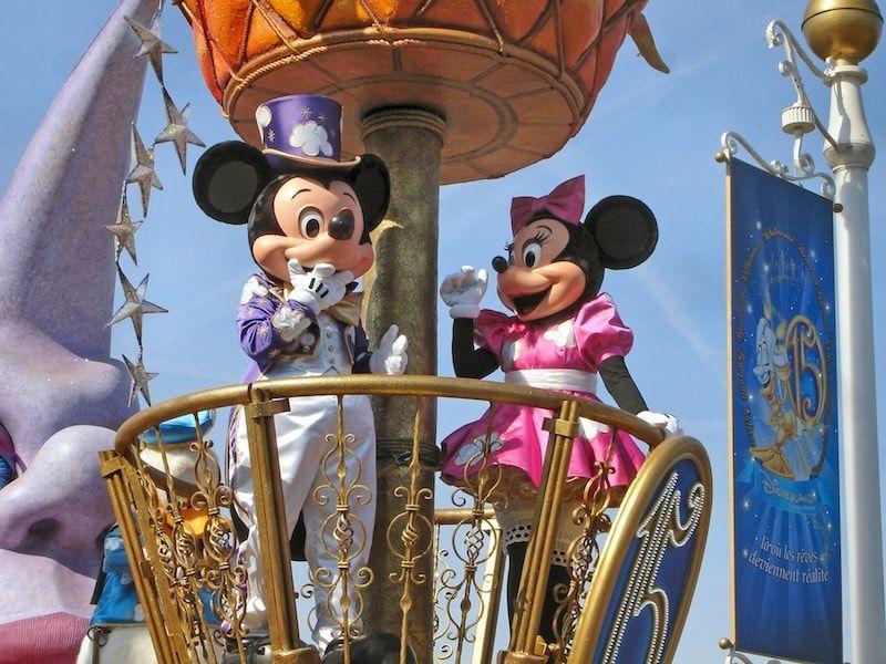 Cabalgata aniversario Disneyland París