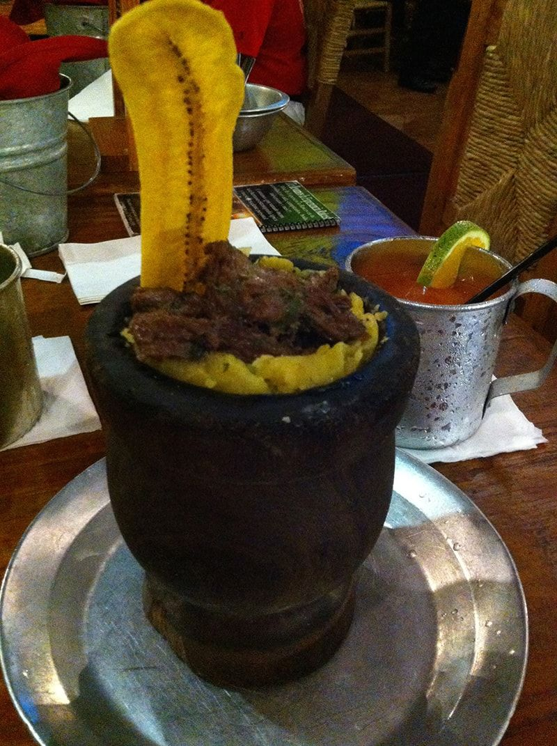 platano verde frito machacado con carne y el celestial chimichurri