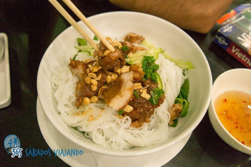 platos más tradicionales de la cocina vietnamita