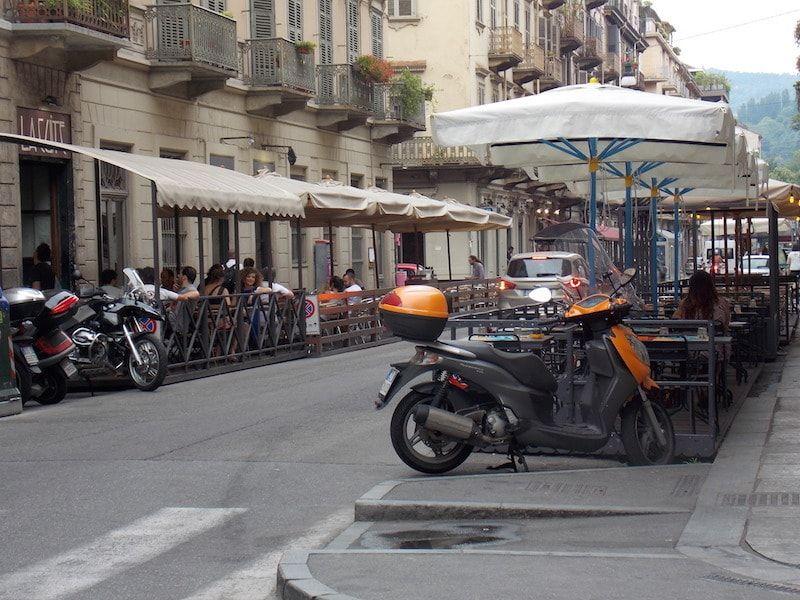 Bares para el aperitivo en nuestar ruta foodie por Turín