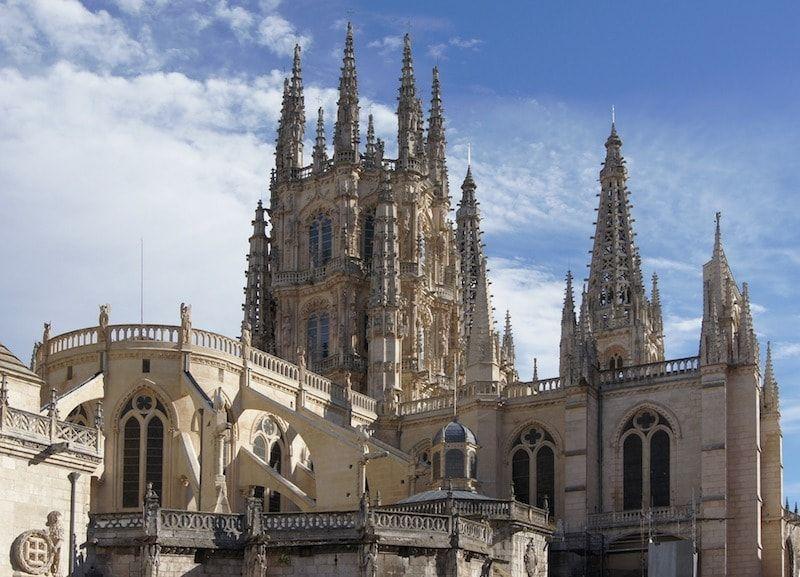 La leyenda del papamoscas y la catedral de Burgos
