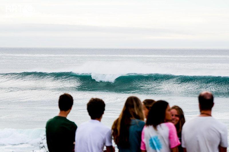 Campamentos juveniles de surf