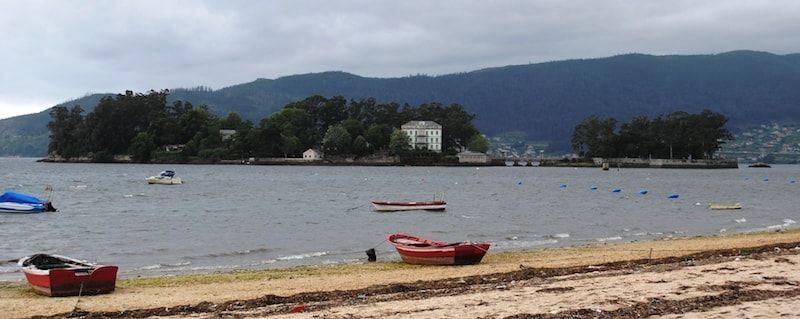 Viajar a Galicia para visitar la isla de San Simón