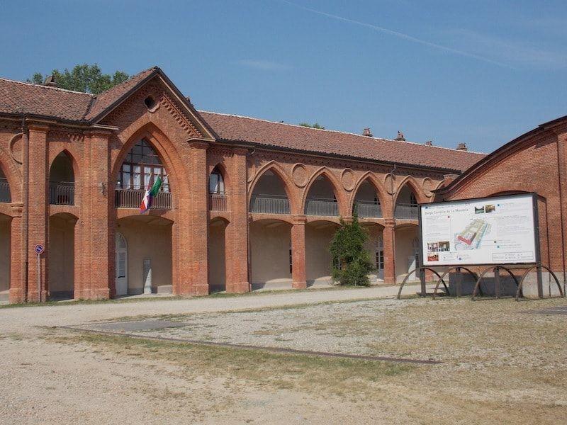 Borgo Castelo cerca de Torino