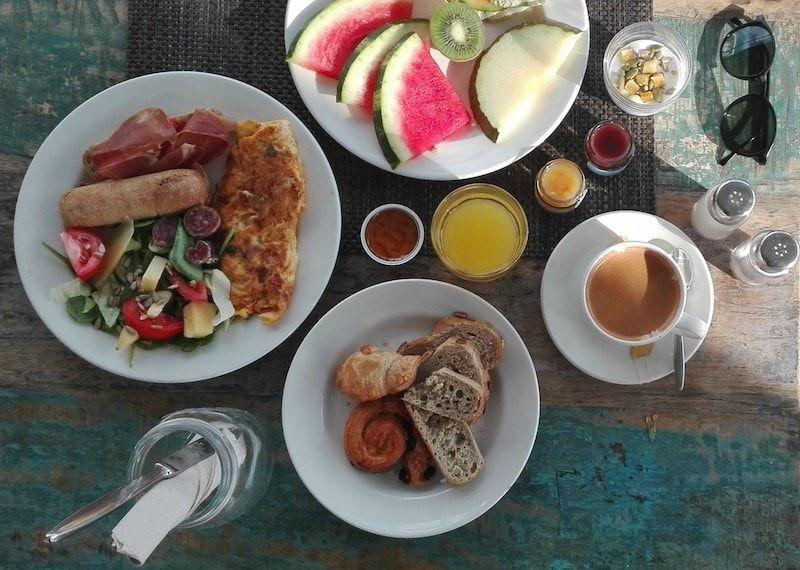 Desayunar en Ibiza