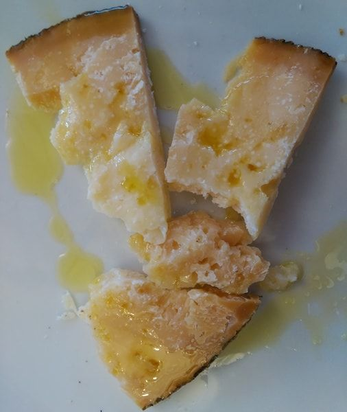 Comer queso de oveja en Ucero