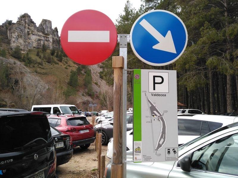 Valcedeceda uno de los parkings en Cañón de Río Lobos