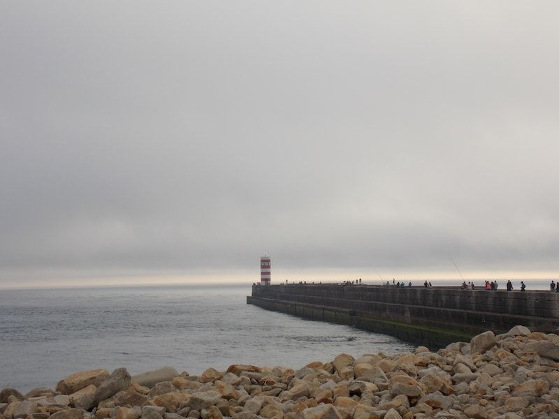 Ver el faro de Porto en la ciudad