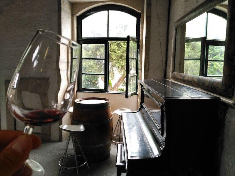 Degustar vino en Porto