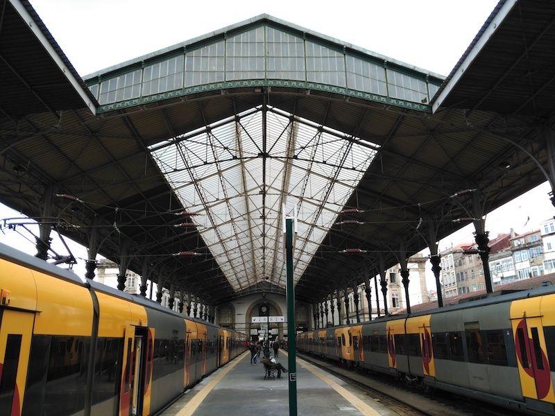 Llegar en tren a Porto