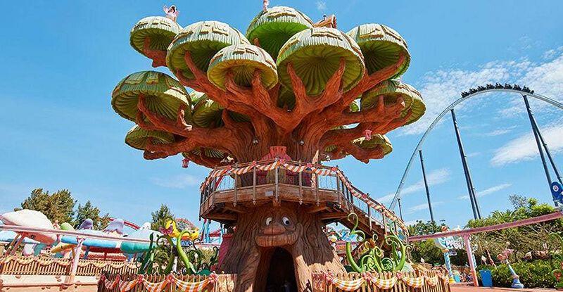 Árbol mágico, parque de Port Aventura