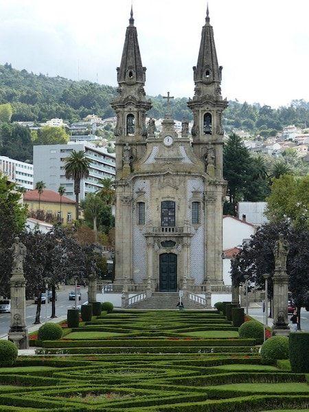 Iglesias de Guimaraes cerca de Porto