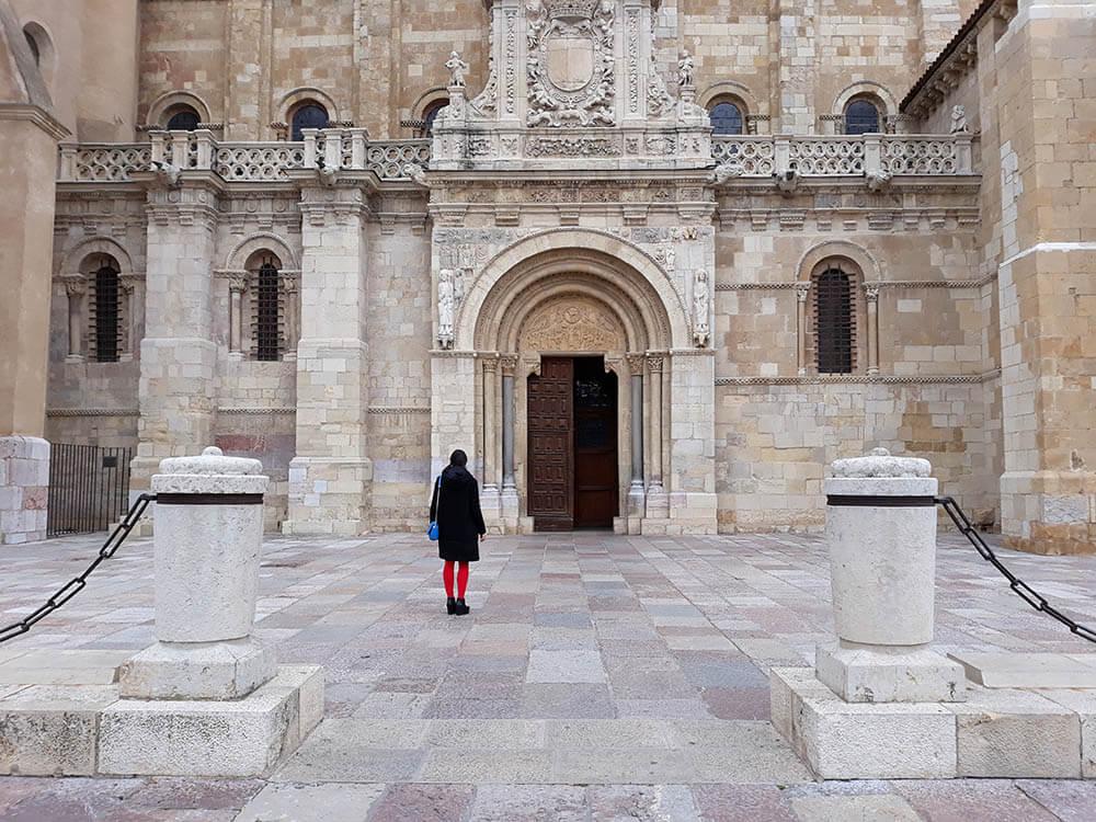 Horarios y precios de los monumentos de León