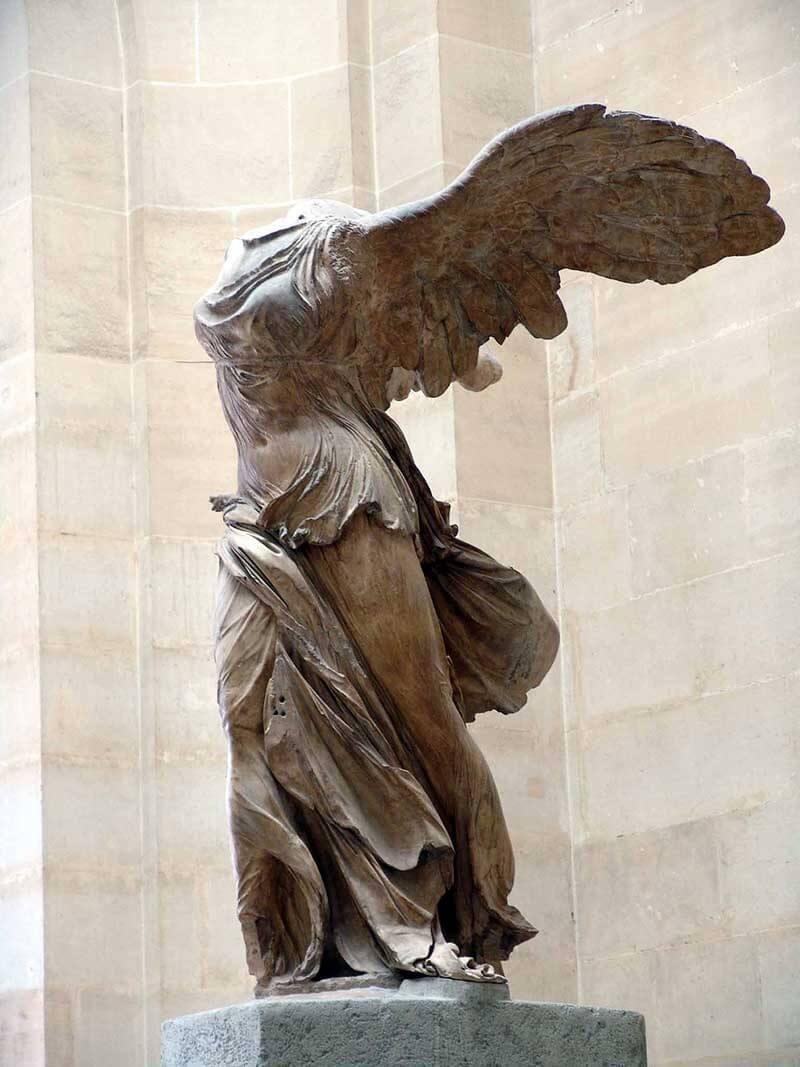 Victoria alada de Samotracia, Louvre
