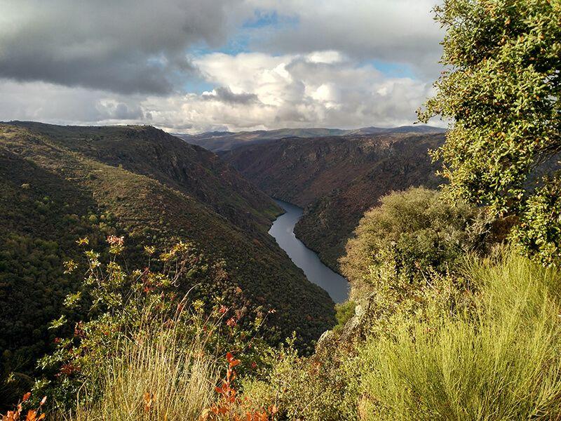 Río Duero en los Arribes del Duero de Salamanca