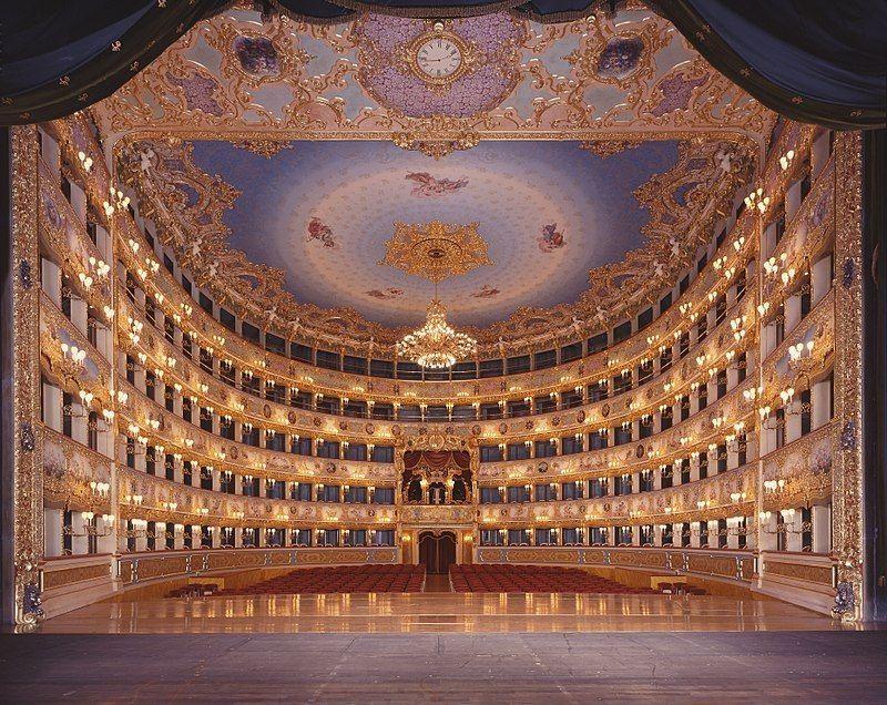 Interior de la Fenicie de Venecia