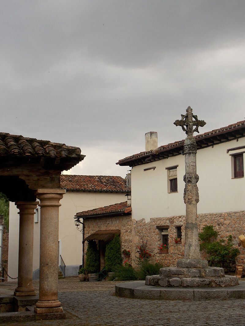 Pueblo de Covarruvias