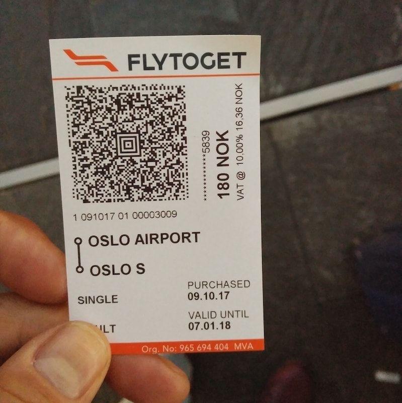 Billete tren aeropuerto oslo