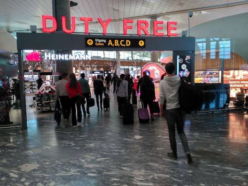 Interior aeropuerto Oslo