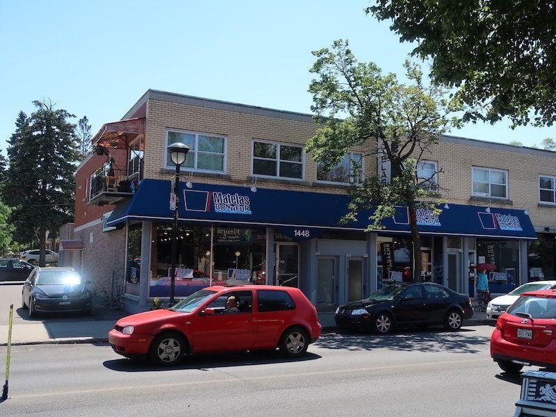 Calle cerca de guesToguest en Montreal
