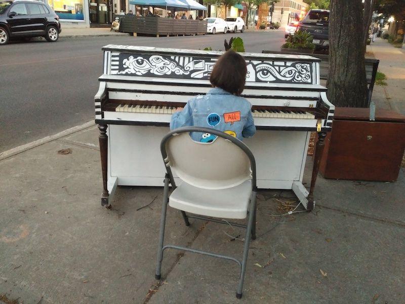 Piano en la calle de Montreal