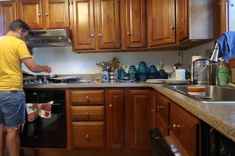 Cocina del GuestToGuest en Concord