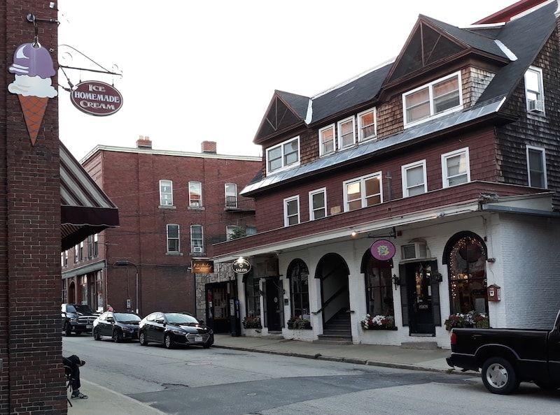 Calle típica de GuestToGuest en Concord