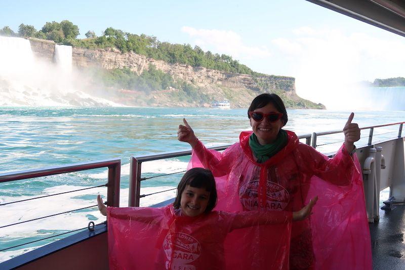 Visitar Niágara desde el barco canadiense
