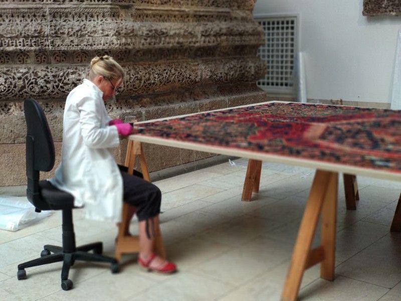Restauración de obrar en el museo Pergamo