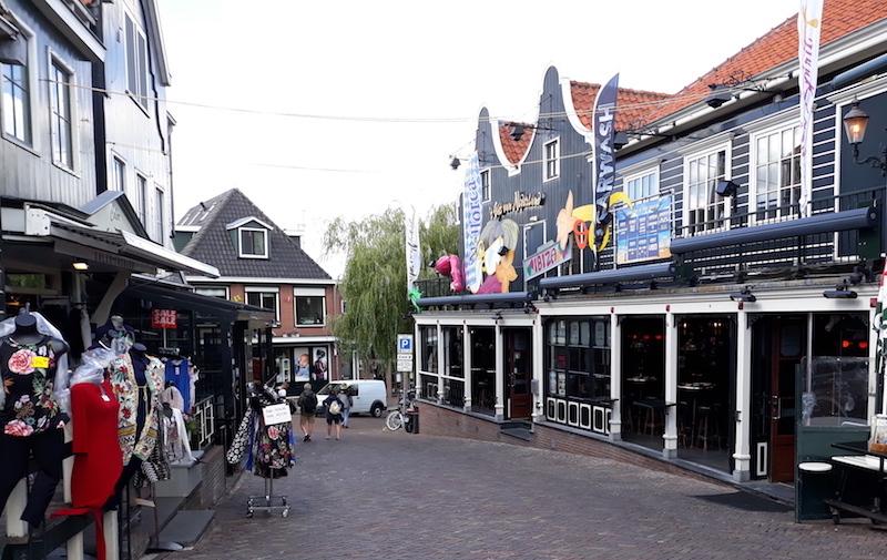 calles de los pueblos más bonitos de Holanda