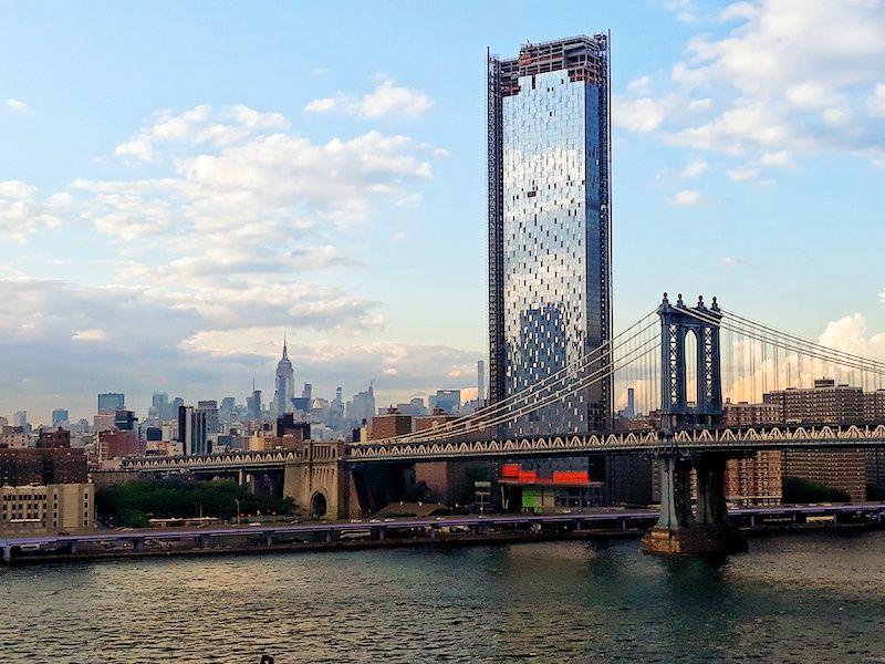 Vistas de Nueva York desde el puente de Brooklyn