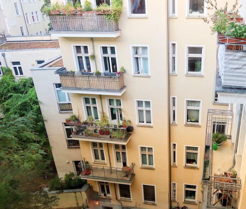 GuestToGuest en Berlín en la zona comunista