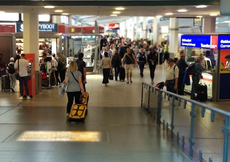 aeropuerto de Berlín tegel terminal llegadas