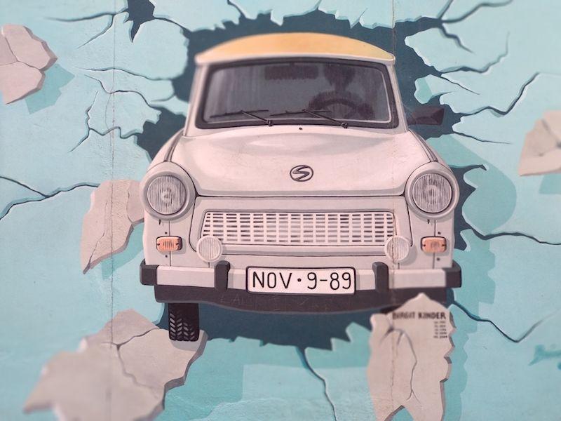 Ruta por el Muro de Berlín y los grafitis más famosos