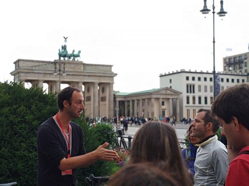 Ruta por el Muro de Berlín en la puerta de Brandeburgo